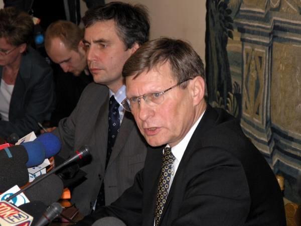 Balcerowicz krytykuje decyzję Sejmu /INTERIA.PL