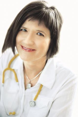 BARBARA  gierowska-bogusz,  pediatra /Mat. Redakcyjne