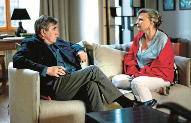Barbara (Krystyna Janda) to doświadczona terapeutka. Jest superwizorem swojego kolegi po fachu  – Andrzeja (Jerzy Radziwiłowicz). /Mat. Prasowe