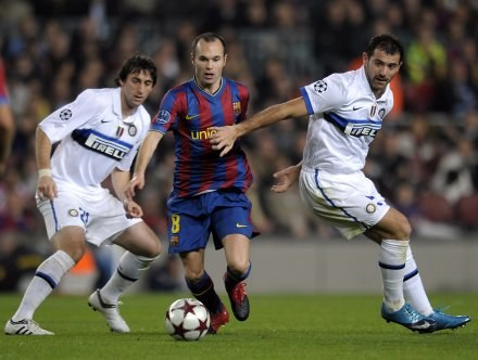 Barcelona po koncertowej grze pokonała Inter 2:0 /AFP