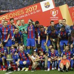 Barcelona z Pucharem Króla. Na osłodę