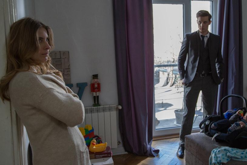 Bartek rozważa przeprowadzkę do Brukseli. Aniela nie jest zadowolona... /x-news/ Agnieszka K. Jurek /TVN