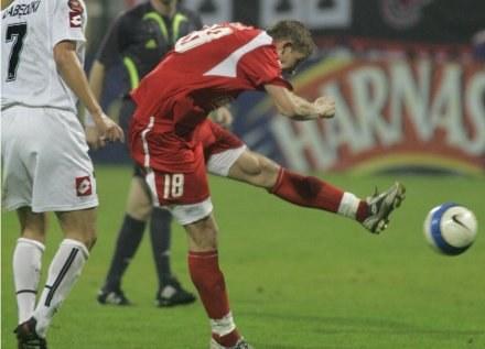 Bartłomiej Grzelak uważa, że w meczu z Lechem padnie sporo goli Fot. Grzegorz Michałowski /Agencja Przegląd Sportowy