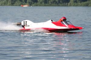 Bartłomiej Marszałek - pilot łodzi motorowej
