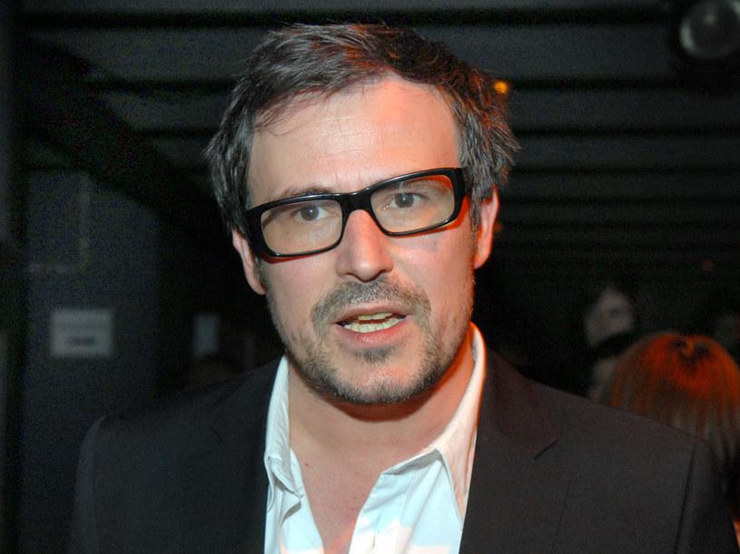 Bartosz Opania jest najlepszym dowodem na to, że okulary są... sexy!  /Marek Ulatowski /MWMedia