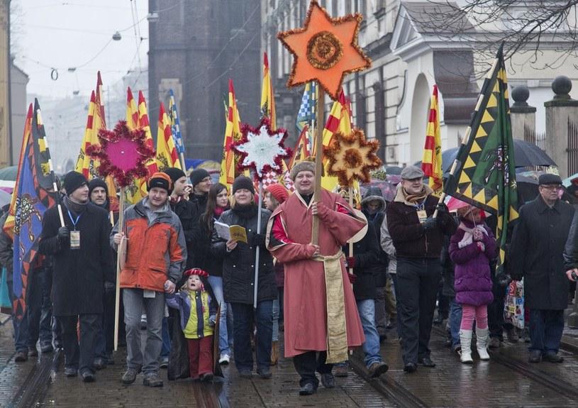 Barwna parada Trzech Króli /Leszek Kotarba  /East News