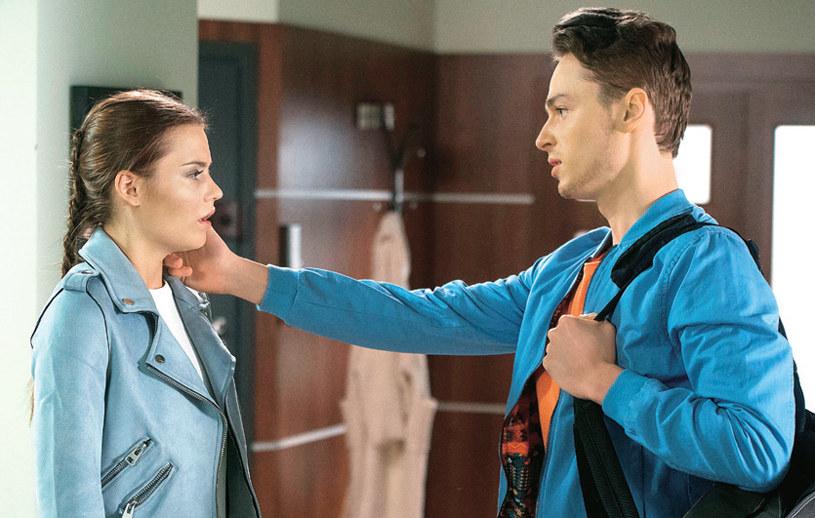 """""""Barwy szczęścia"""": Czy Julita zdaje sobie sprawę z tego, jakie konsekwencje może mieć jej intryga? /Świat Seriali"""