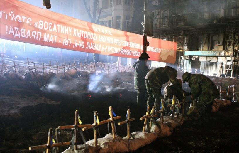 Barykady w Kijowie /PAP/EPA