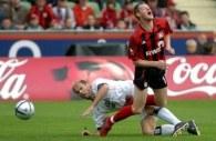 Bayer Leverkusen żąda za Jacka Krzynówka 6 milionów euro /AFP