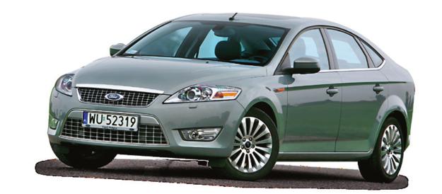 Bazowy rozmiar opon do Mondeo to 215/55 R16 (ceny od 280 zł/szt.). Typowy rozmiar 205/55 R16 kosztuje 200 zł/szt. /Motor