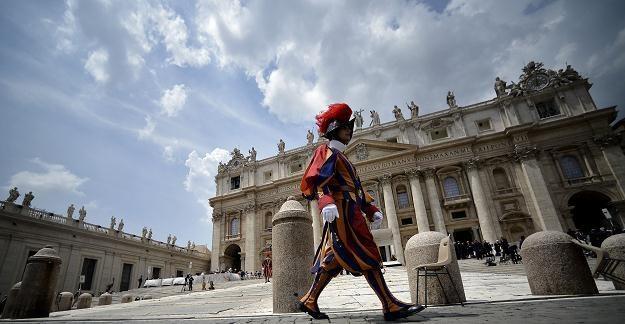 Bazylika św. Piotra w Watykanie /AFP