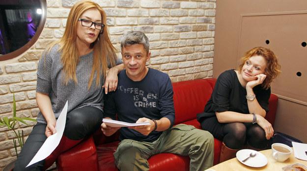 Beata Kawka podczas prób z przyjaciółmi: Piotrem Grabowskim i Darią Widawską /  /AKPA