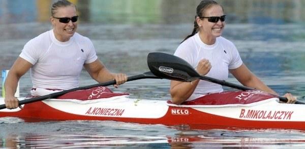 Beata Mikołajczyk i Aneta Koniecza /AFP