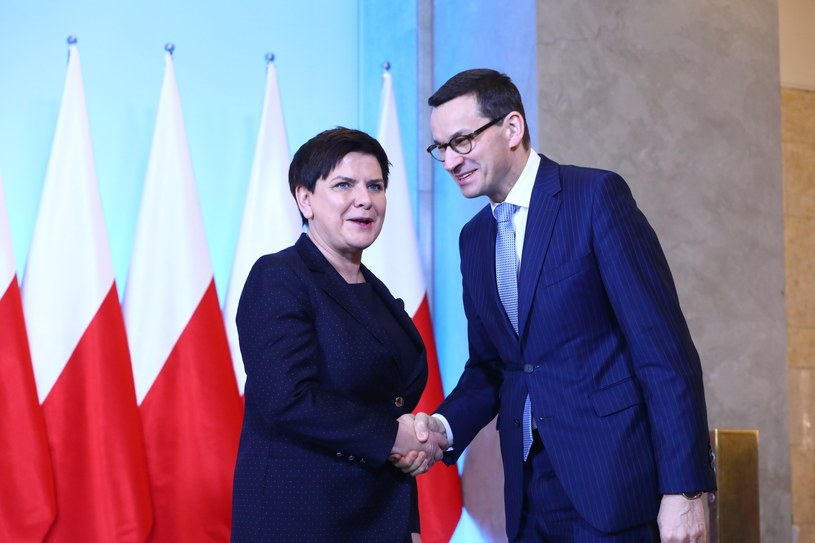 Beata Szydło i Mateusz Morawiecki /STANISLAW KOWALCZUK /East News