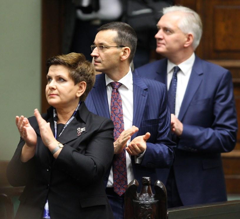 Beata Szydło, Mateusz Morawiecki i Jarosław Gowin /Stanisław Kowalczuk /East News