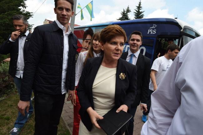 Beata Szydło podczas wizyty w Bełchatowie /PAP/Grzegorz Michałowski /PAP