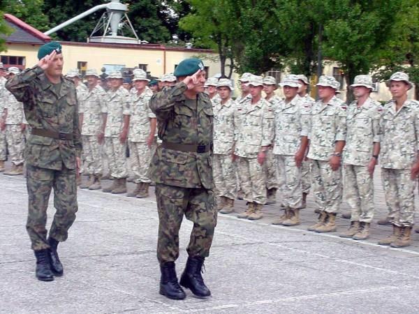 Będą zmiany w polskim wojsku /RMF
