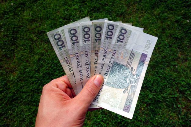 Będzie bój o wyższą płacę minimalną /123RF/PICSEL