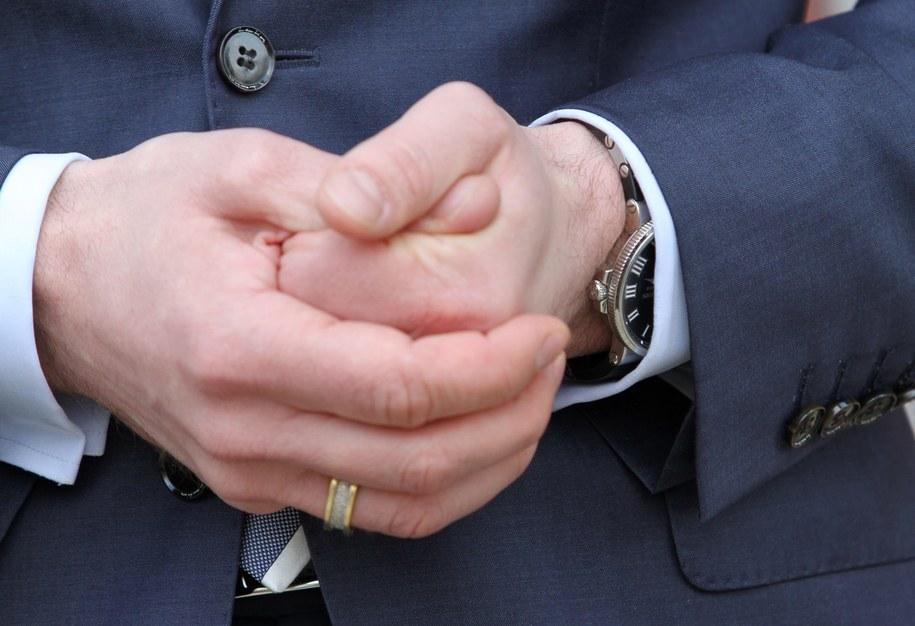 Będzie kolejny biegły ws. zegarka ministra? /Jacek Bednarczyk /PAP