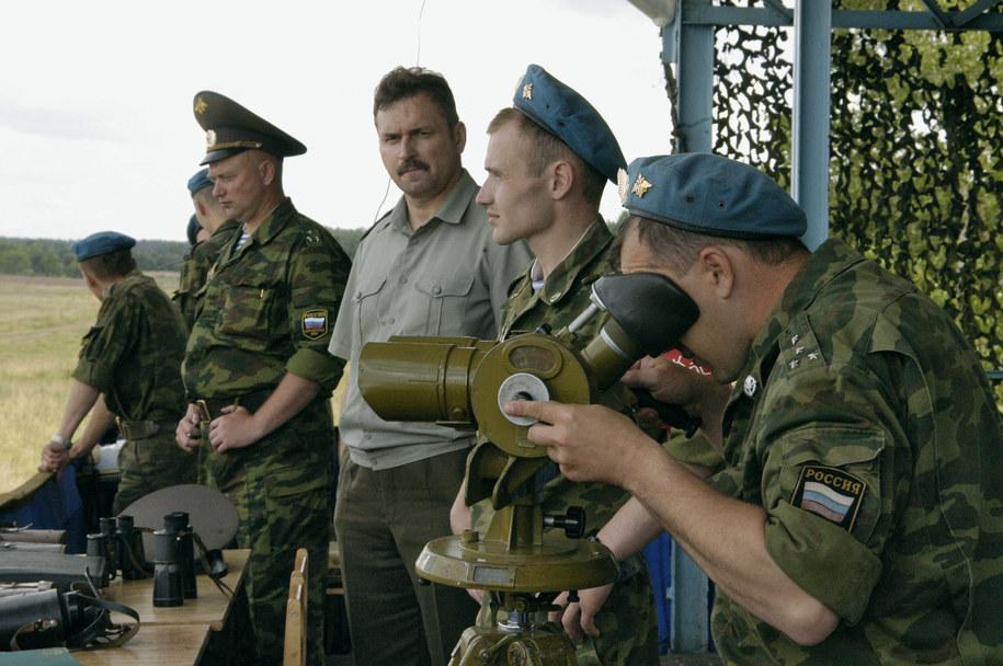 Będzie to pierwsze od 20 lat masowe desantowanie żołnierzy z powietrza w Rosji (zdj. ilustracyjne) / Moiseyenko Yury    /PAP/EPA