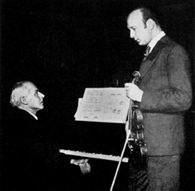 Béla Bartók (z lewej) i Joseph Szigeti /Encyklopedia Internautica