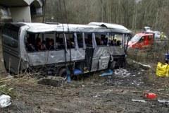 Belgia: Polski autokar spadł z wiaduktu