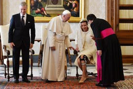 Belgijska rodzina królewska na audiencji u papieża