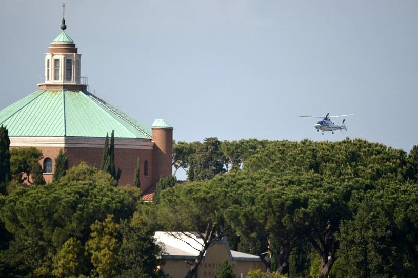 Benedykt XVI powrócił do Watykanu /AFP