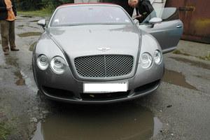 Bentley odnaleziony. Z dziurą
