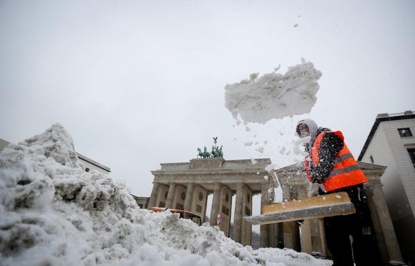 Berlin pod śniegiem /PAP/EPA