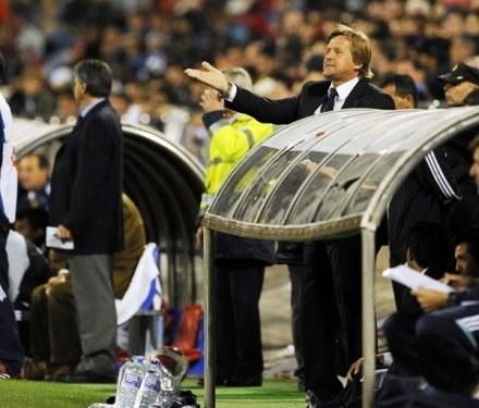 Bernd Schuster kryje się ze swoimi planami transferowymi. /AFP