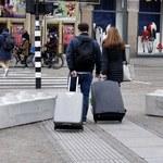 Betonowe zapory w centrum Amsterdamu. Do czego służą?