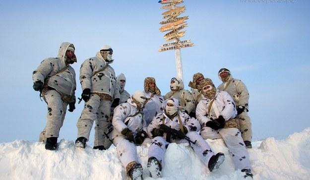 """""""Białe ludziki"""" są już w Arktyce      Fot. Ministry of Defence of the Russian Federation /materiały prasowe"""