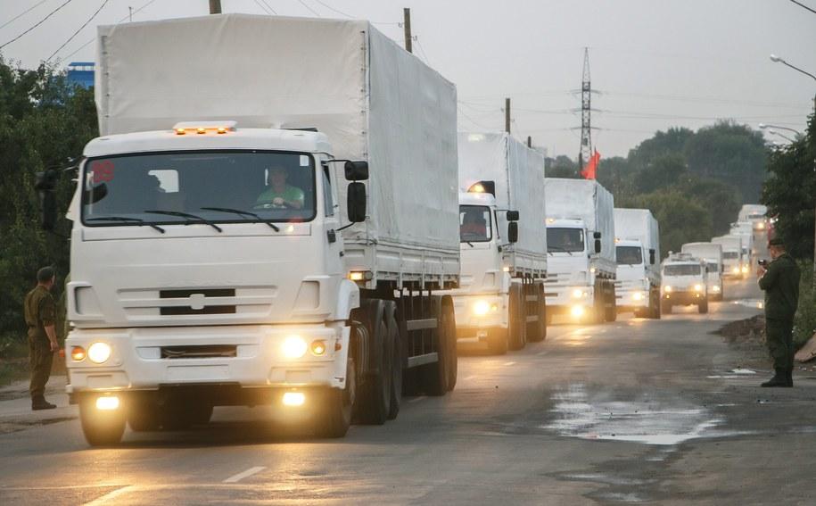 Biały konwój jadący na Ukrainę /KIRILL USOLTSEV/MOE-ONLINE.RU /PAP/EPA