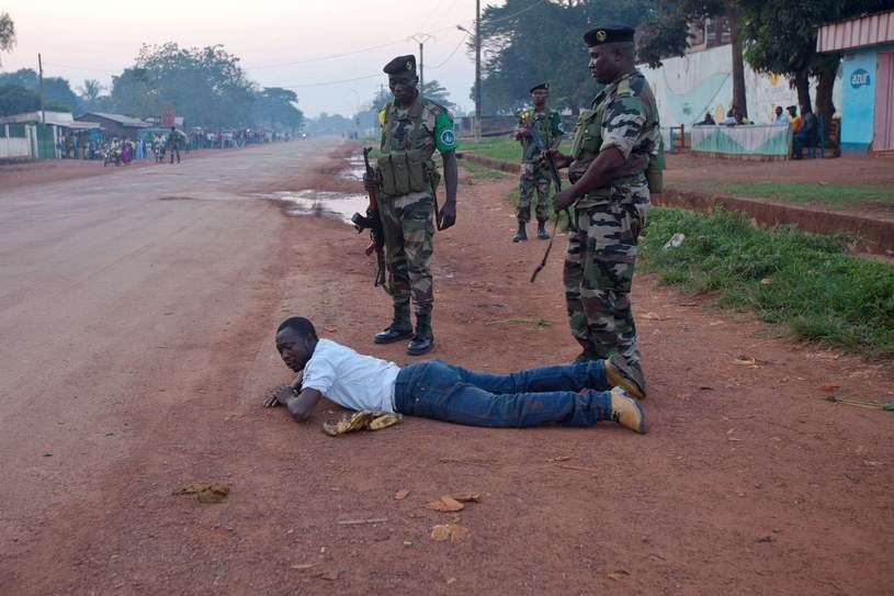 Biedna Republika Środkowoafrykańska, a zwłaszcza jej muzułmańska północ, była od lat kryjówką dla partyzantów z niemal wszystkich ościennych państw /AFP