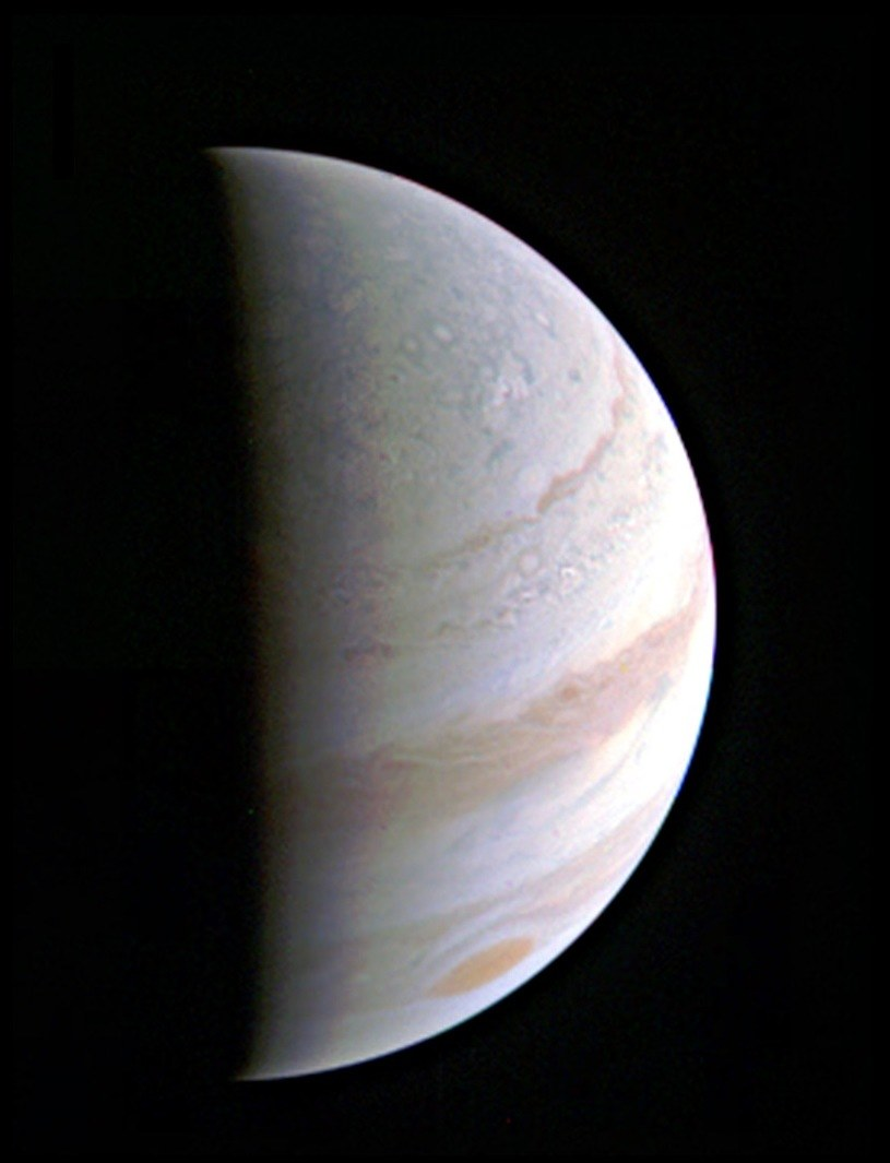 Biegun północny Jowisza, sfotografowany 27 sierpnia /NASA
