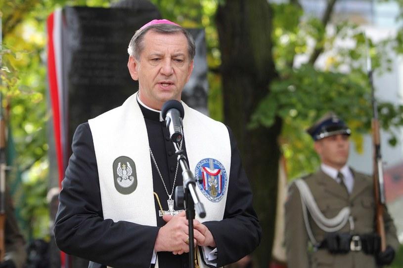 Biskup polowy Józef Guzdek /Jan Kucharzyk /East News