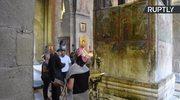 Bizantyński fresk dowodem na istnienie UFO? Latający spodek w tle sceny ukrzyżowania