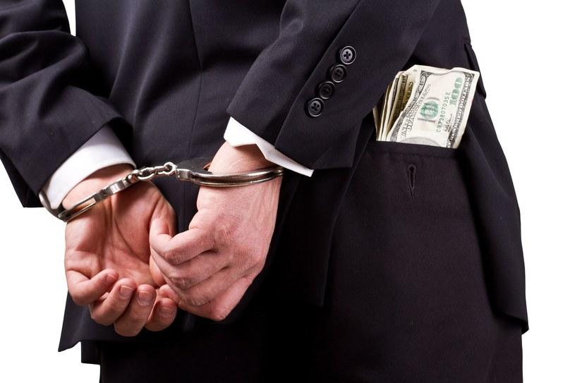 Biznesmen miał m.in. jako łapówkę dawać sztabki złota, zdj. ilustracyjne /©123RF/PICSEL