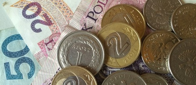 Biznesmen podejrzany o wyłudzenie prawie 220 mln zł podatku VAT