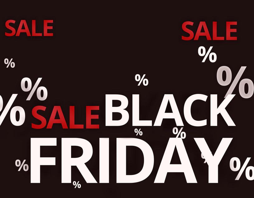 Black Friday - przeceny na dobra konsumenckie, w tym elektronikę. Ta moda dotarła do Polski /123RF/PICSEL