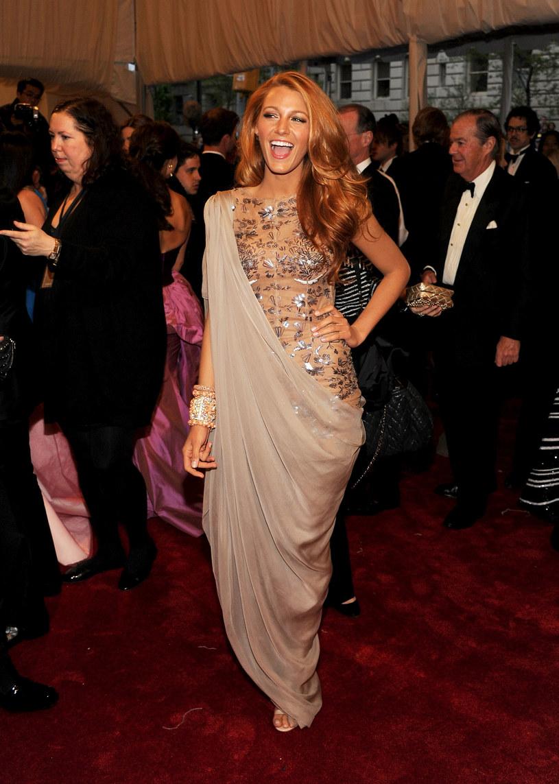 Blake Lively w sukni Lagerfelda  /Getty Images/Flash Press Media