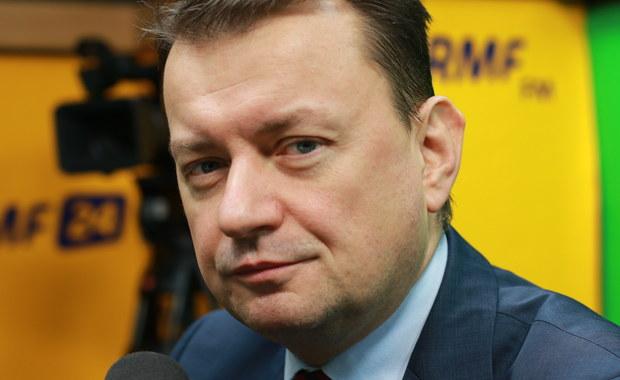 Błaszczak: Przyjmowanie uchodźców zaprowadzi Polskę do katastrofy społecznej