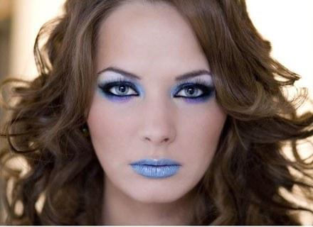 Błękit przestrzeni make up /INTERIA.PL/materiały prasowe