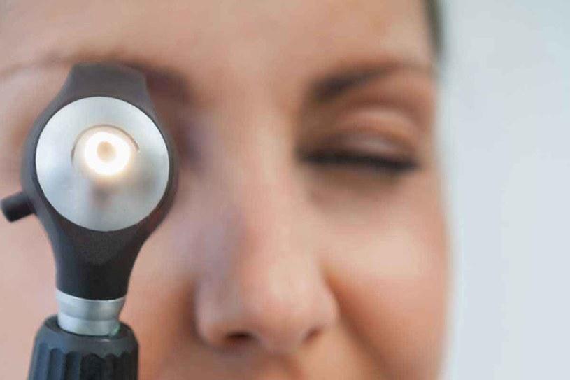 Blisko połowa Polaków ma problemy ze wzrokiem /© Photogenica