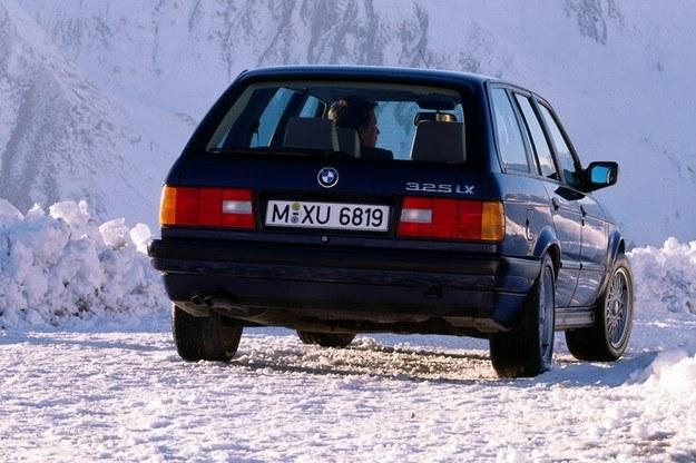 BMW 325 iX /INTERIA.PL
