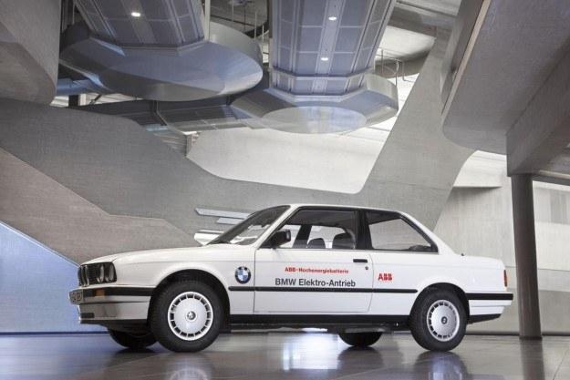 BMW 325iX Electric /
