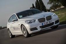 BMW 5GT e-Drive. Tego auta nawet nie trzeba tankować!