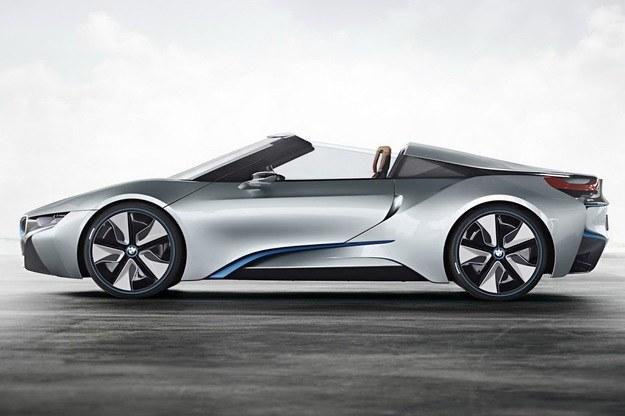 BMW i8 Spyder /BMW