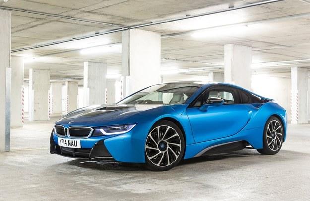 BMW i8 /BMW